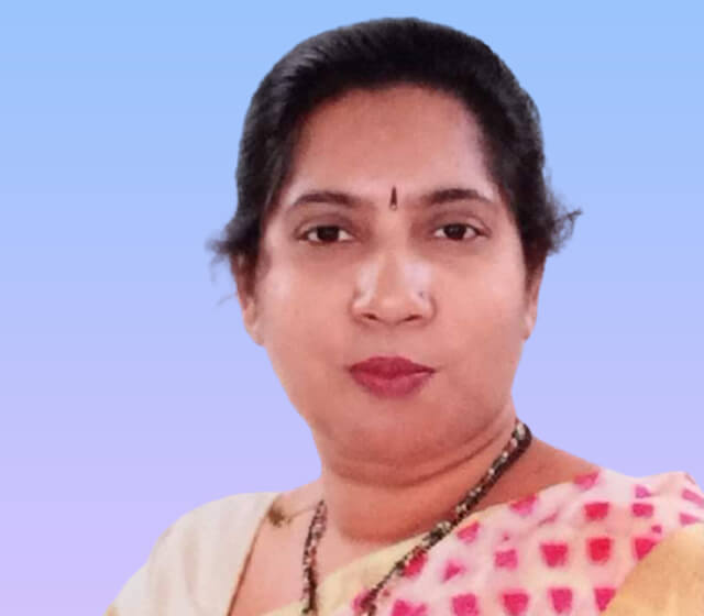 Dr. Geeta Komar